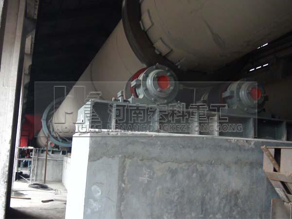 伊朗客戶考察海綿鐵回轉窯設備安裝現場