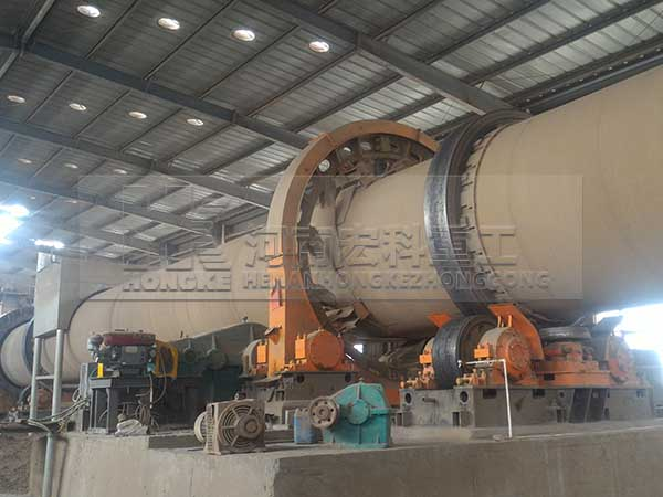 河南宏科重工氧化鋅回轉窯生產現場實拍