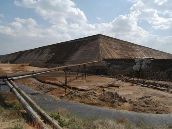 有效处置赤泥是目前急需解决的问题