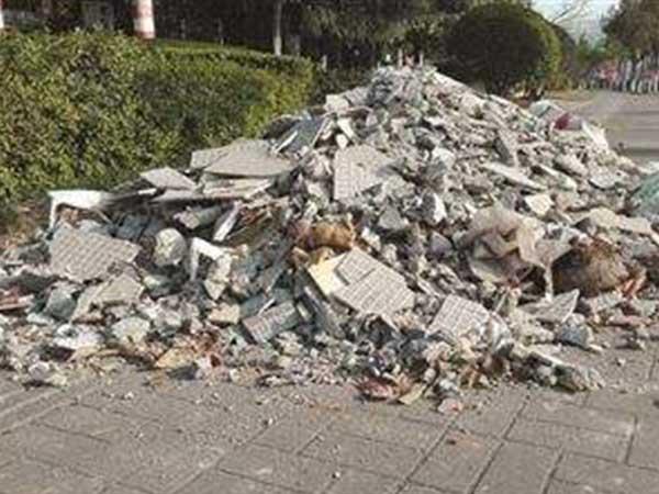 建筑垃圾的处理应该建立完善机制